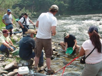 Teaching gold panning