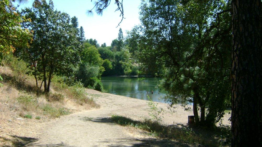 Rogue River Access 15