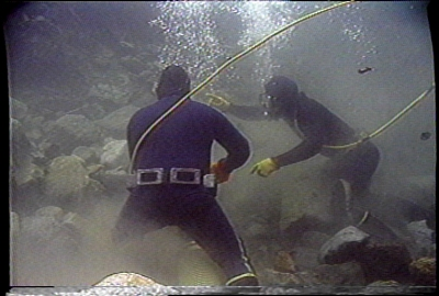 Dredgers underwater
