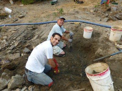 Tony digging
