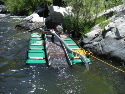 non-motorized dredge